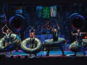 STOMP in New York Tickets Making Music